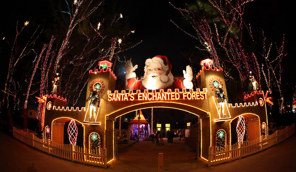 pic of santas enchanted forest